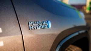 20% dintre românii care doresc să achiziționeze o mașină iau în considerare varianta hybrid plug-in