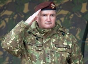 """Numai cuvinte de laudă la adresa noului șef SMAp. """"Felicitări generalului-locotenent Daniel Petrescu pentru avizarea de către CSAT"""", (Ciucă, MApN)"""