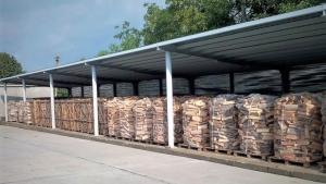 Romsilva pune la dispoziția populației până la finalul anului încă 700 de mii metri cubi de lemn pentru foc